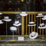 Praga negozio di cappelli 1989